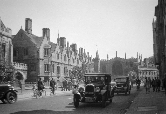Vintage Photographs of England from the 1920s-30s ...