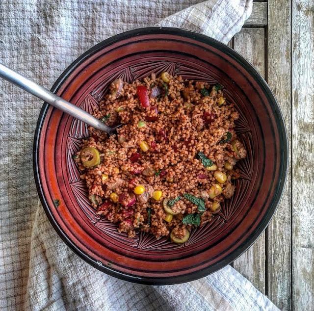 Taboulé healthy parfumé à la tomate et aux légumes charlotte and cooking