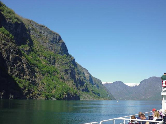 Entrada al fiordo Aurlandsfjord (@mibaulviajero)