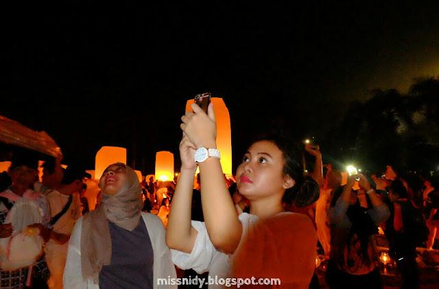 how to participate lantern festival borobudur