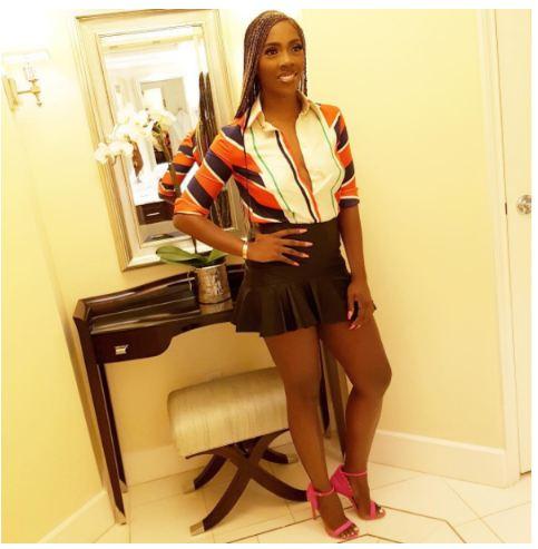 Tiwa Savage Stuns in $exy mini Skirt (Photos)