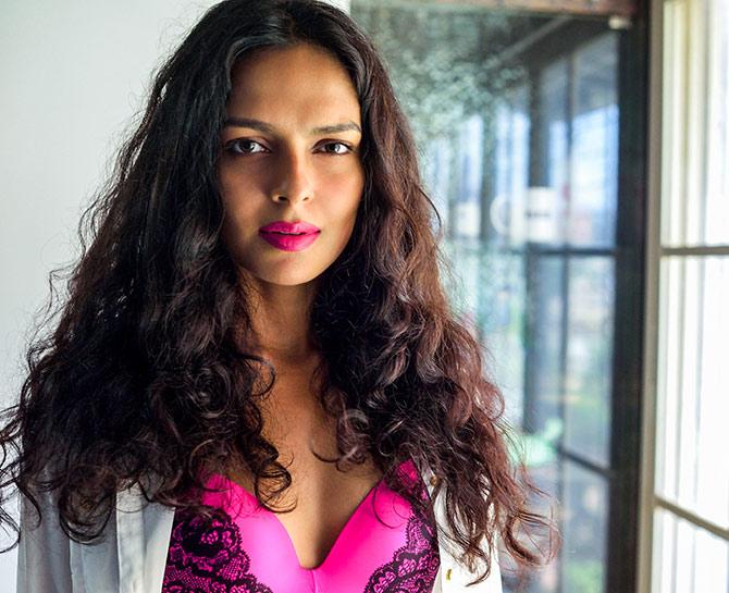 Babumoshai Bandookbaaz Actress Bidita Bag Photos