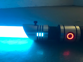 https://kab0ku.blogspot.com/2017/07/sabertrio-skylar-fx-lightsaber.html