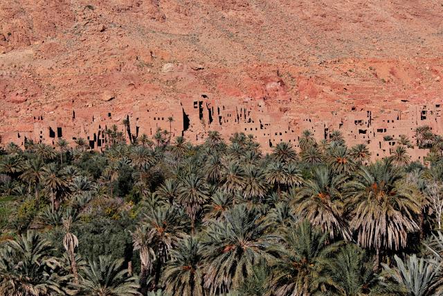 Pueblos de adobe en las garantas del Todra
