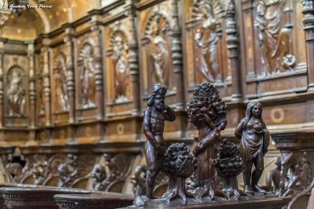 Adan y Eva del Coro Renacentista, Catedral de Santa María, Saint Bertrand de Comminges por El Guisante Verde Project