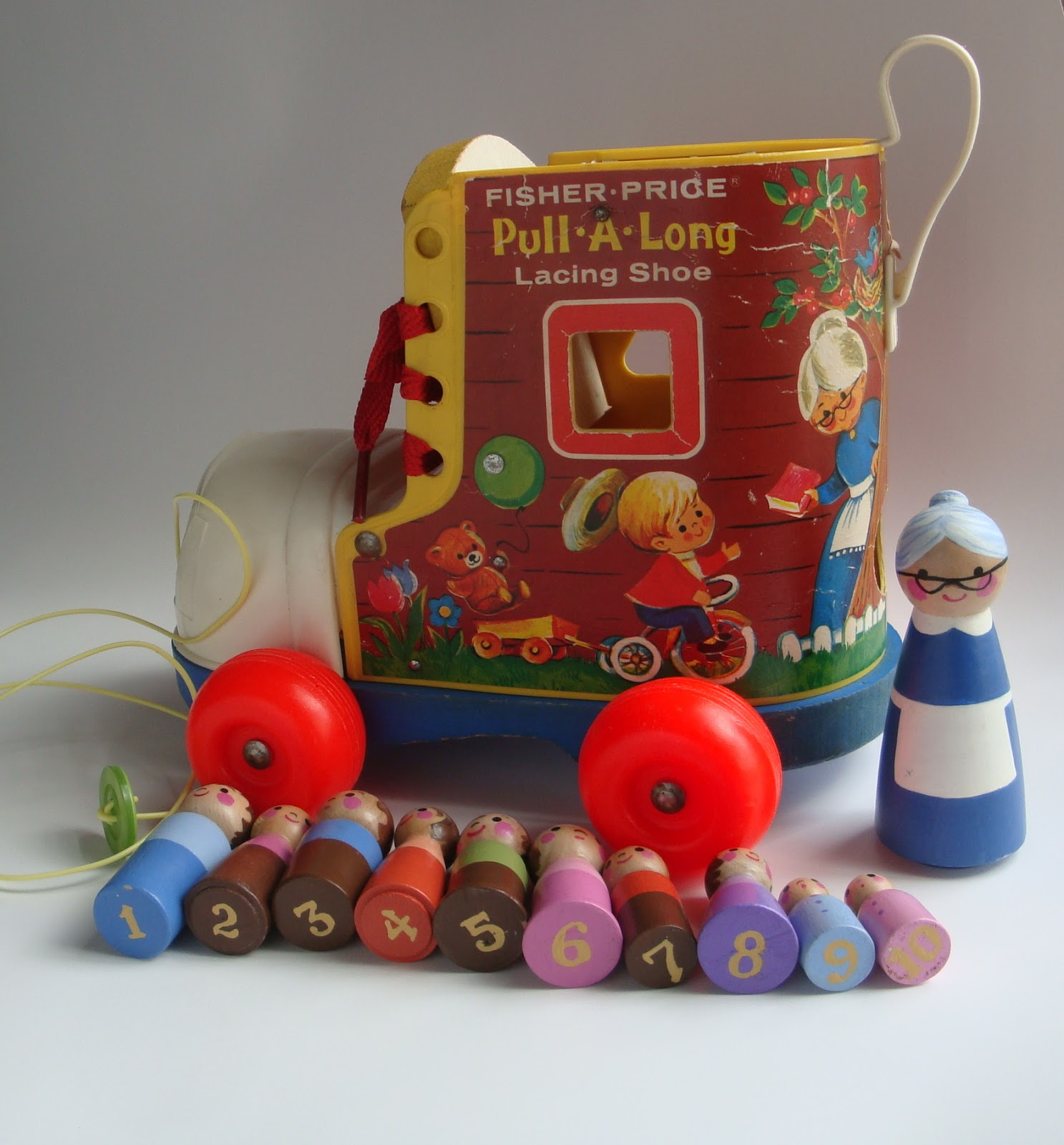 mamazakka Old toys made new Vintage Fisher Price Pull a Long