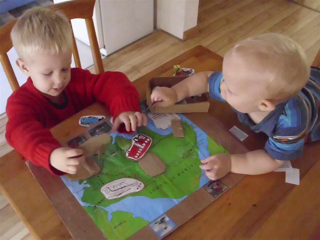 The Do It Yourself Mom Train Themed Preschool Activity