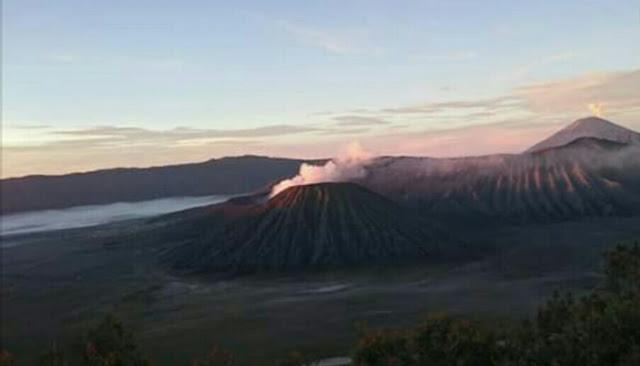 Keindahan Wisata Gunung Bromo Jawa Timur