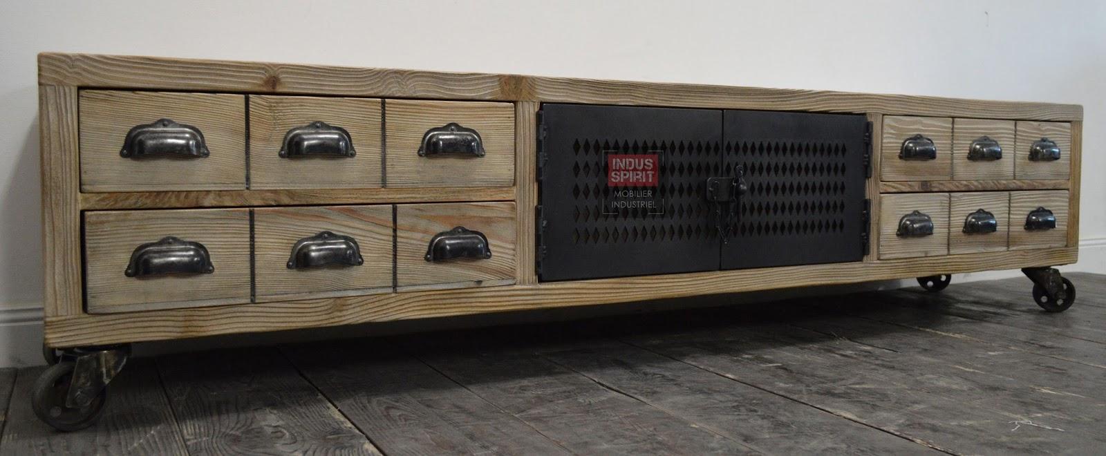 banc tv industriel bois et m tal. Black Bedroom Furniture Sets. Home Design Ideas