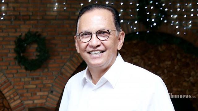 Aktris Senior Roy Martin