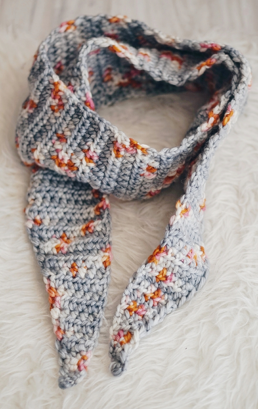 TIPPED CROCHET SCARF PATTERN WITH DELICIOUS YARNS | Little Things ...