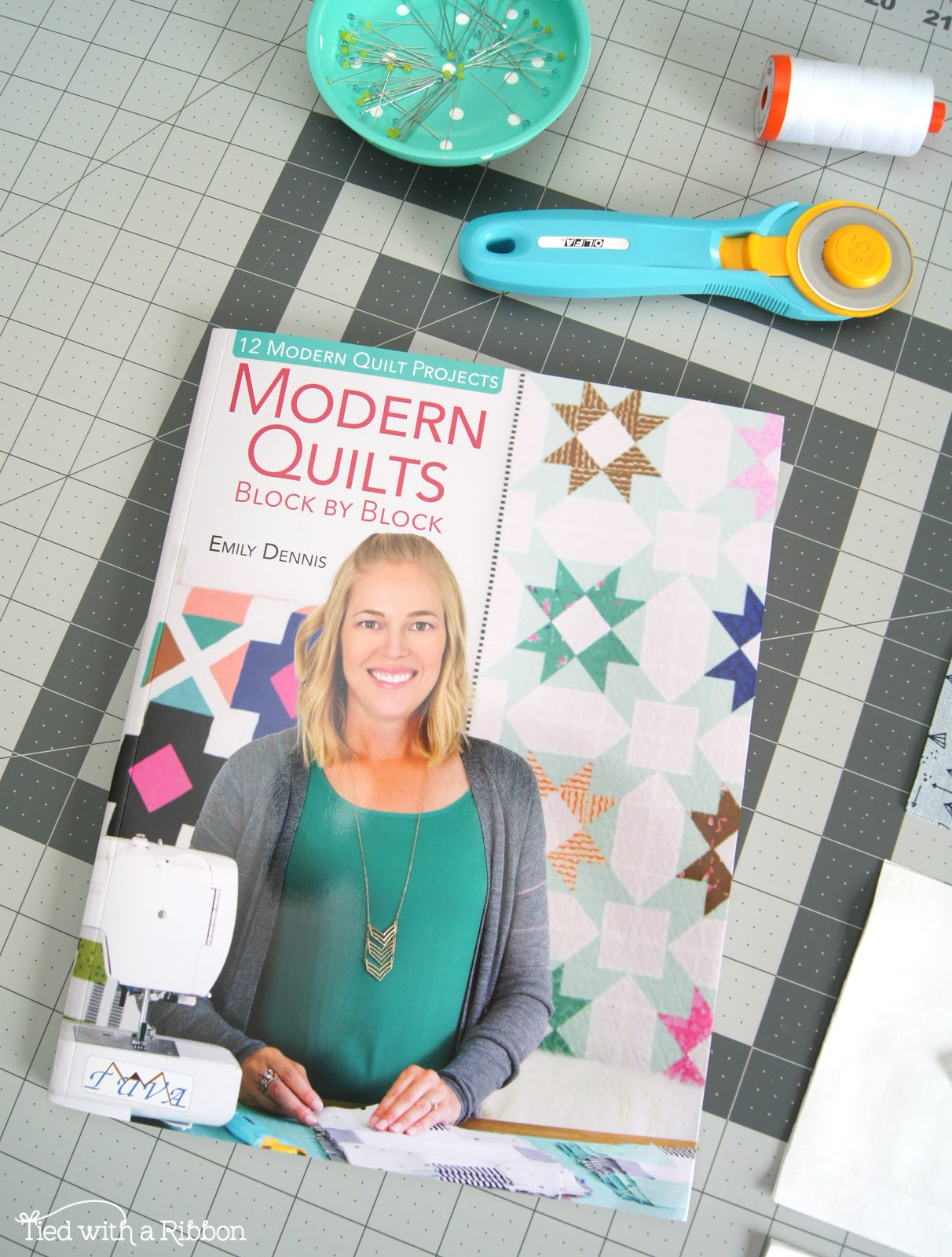 Tied With A Ribbon Modern Quilts Block By Block Blog Tour