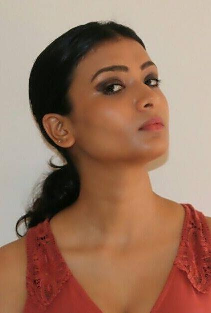 Ishita Vyas Pics Gallery