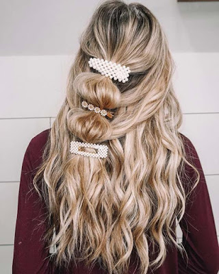 If you prefer bold and attractive hairdos 37 Stunning Bubble Ponytail Styles That Perfect To Copy in 2020