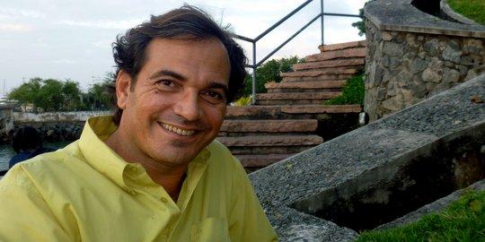 The Voice Brasil 2013. Valdiky Moura aquece a voz cantando Flor de Lis, de Djavan.