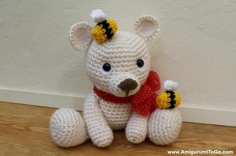 Red Heart Amigurumi Bumble Bee - Fabric.com | 522x789