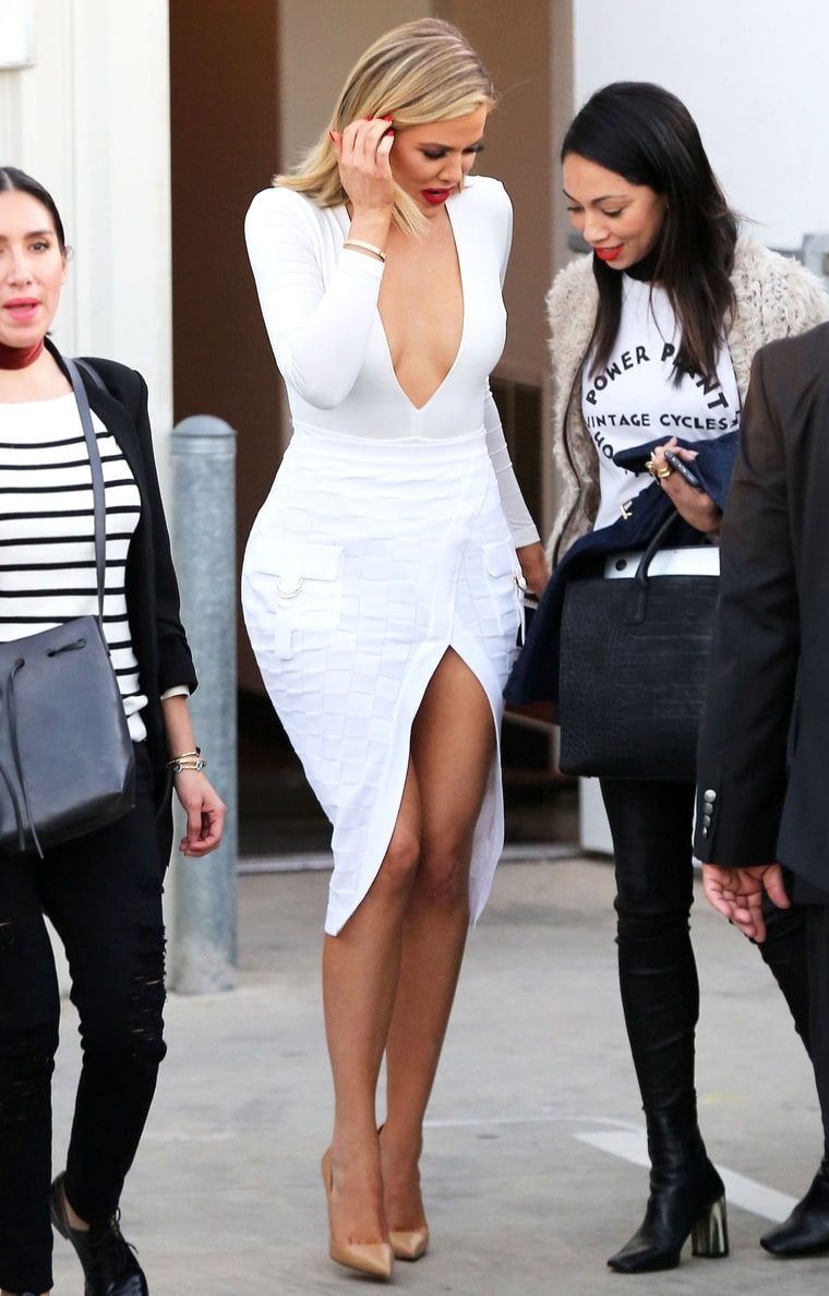 it 39 s anniesglam blog khloe kardashian looks smoking hot