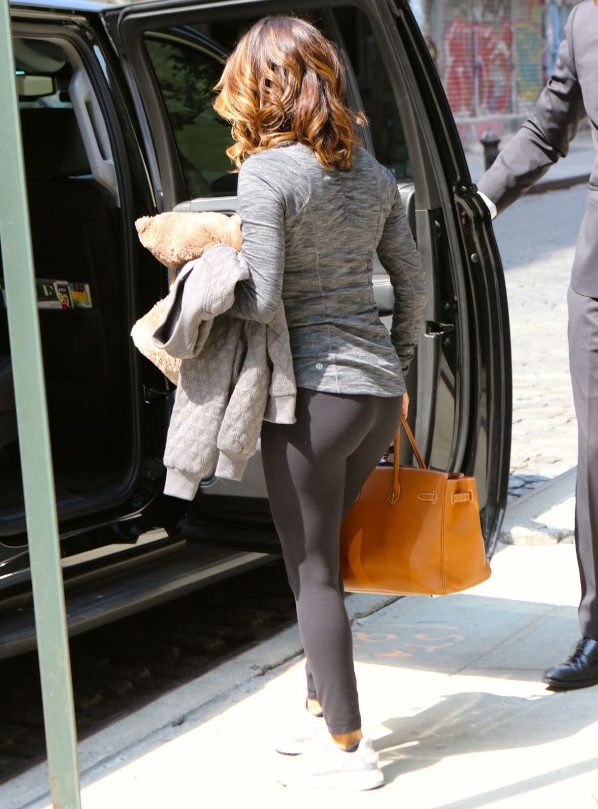 Eva Longoria In Tights Leaves Crosby Hotel In New York July 25 2016