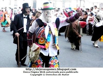 Foto de la Tunantada en un pasacalle del Centro de Lima. Foto de Tunantada de Jesus Gómez