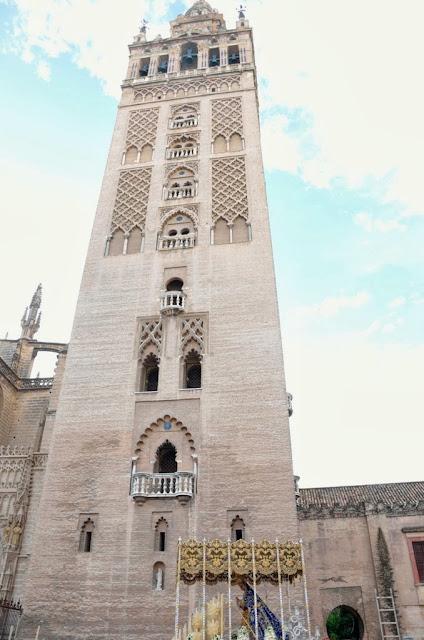 Torre de la Giralda ( Sevilla )