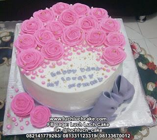 Kue Ulang Tahun Untuk Mama