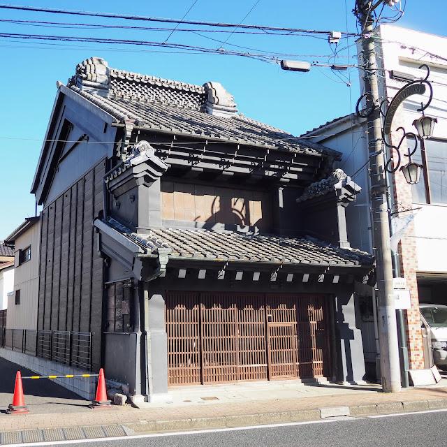 飯能大通り商店街 古い建物