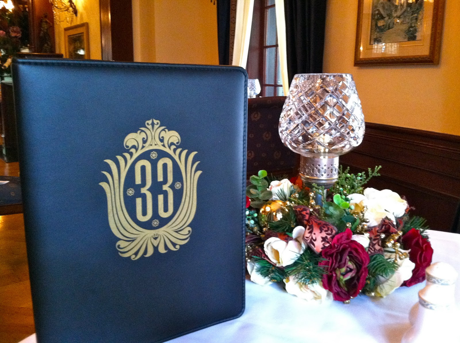 Review Club 33  Our Visit To A Disneyland Icon  The World of Deej