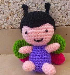 http://amigurumienlaplaya.blogspot.com.es/2015/04/mariposa-kawaii-patron.html