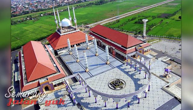 Masjid Agung Jawa Tengah Obyek Wisata di Semarang Yang Paling Populer