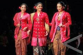 Model Baju Kebaya Kartini