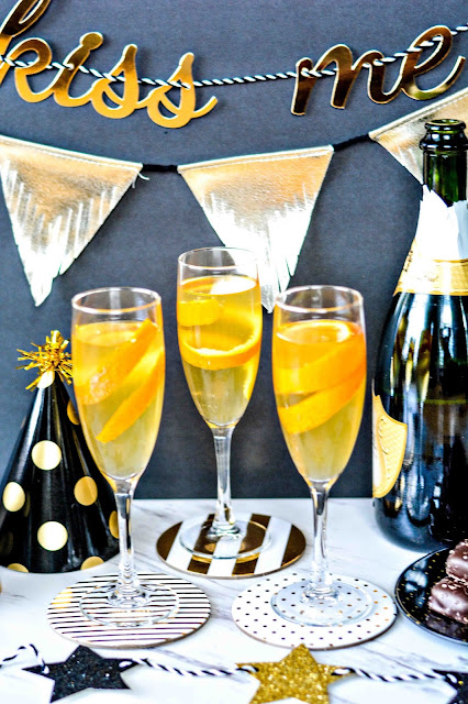 Sparkling Champagne Cocktail