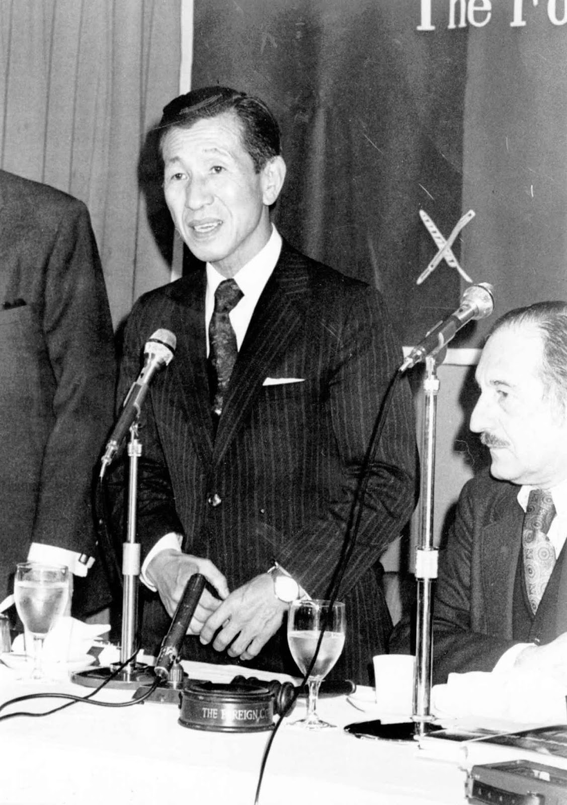 Onoda speaks at a Press Club luncheon in his honor. February 25, 1975.