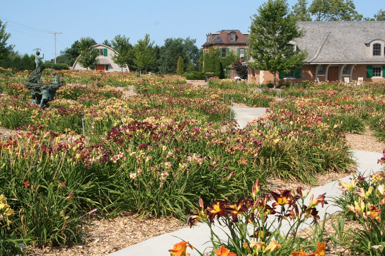 Minneapolis Fling Preview: Springwood Gardens