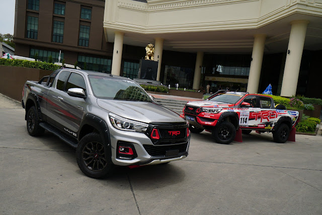 Toyota Hilux Black Rally Edition in Japan. 9330f4d7-toyota-hilux-black-rally-1