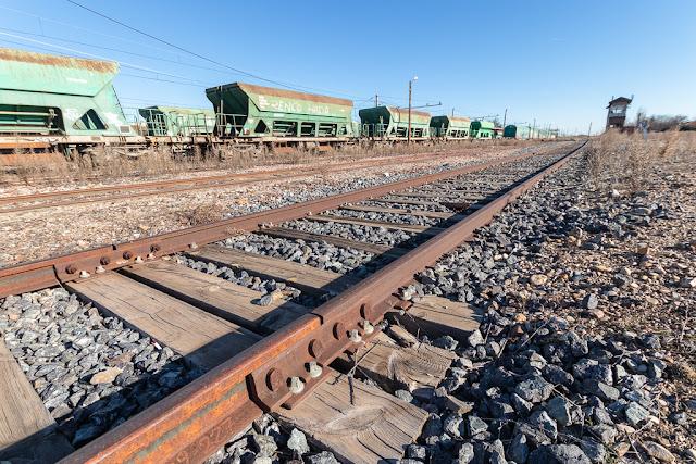 Vías, vagones, vías abandonadas, vagones abandonados, Algodor, estación abandonada, estación, trenes, ferrocarril
