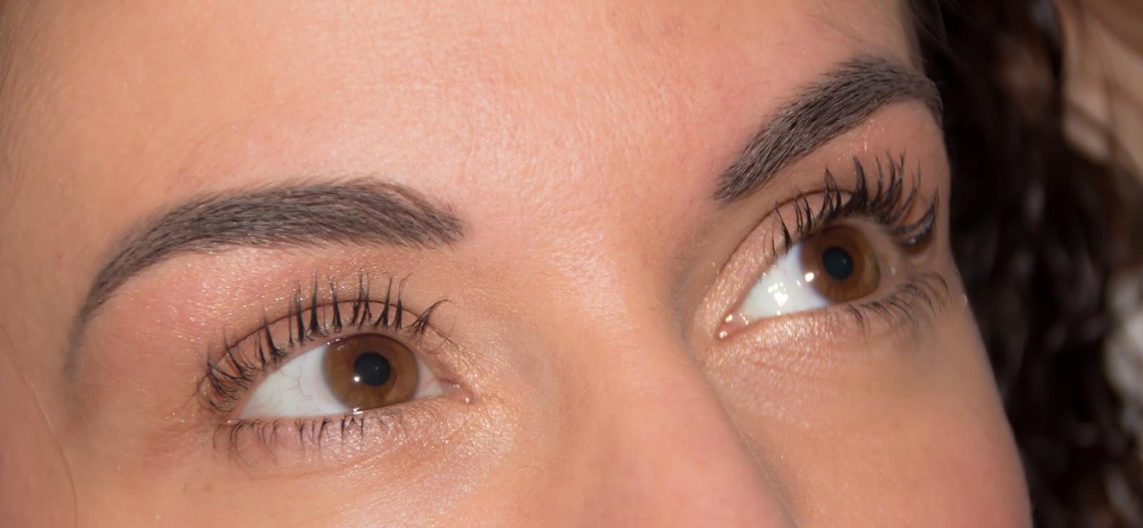 Des sourcils parfaits avec L'Atelier Maquillage Paris