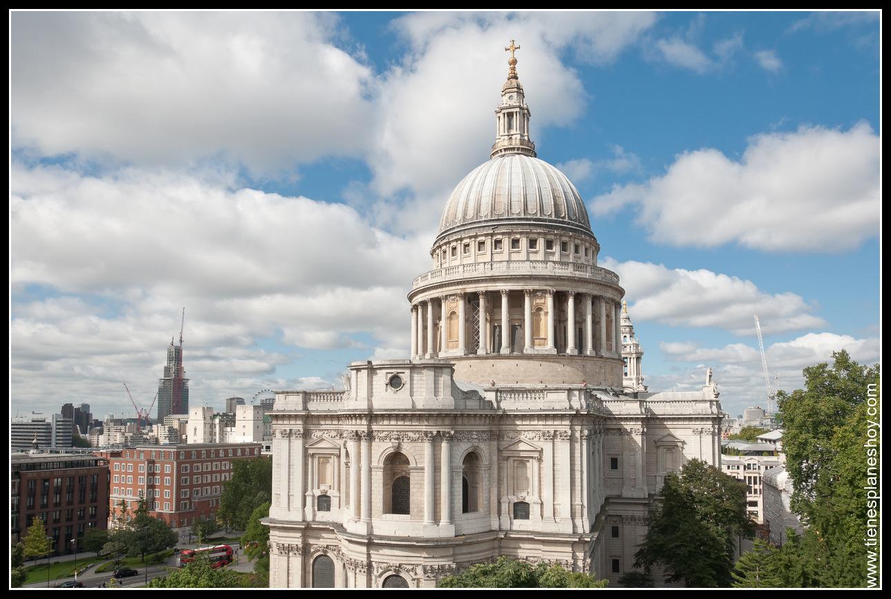Catedral St Paul desde terraza de la galería London (Londres) Inglaterra