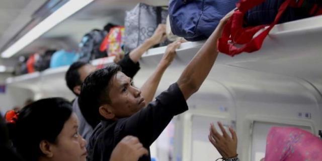 PT KAI Tebar Promo Akhir Tahun, Tiket Kereta Api Mulai Rp 40.000. . .