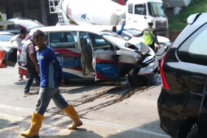 Rombongan Mobil Wartawan Peliput Kampanye PDIP Tabrakan Beruntun di Tol Cikampek
