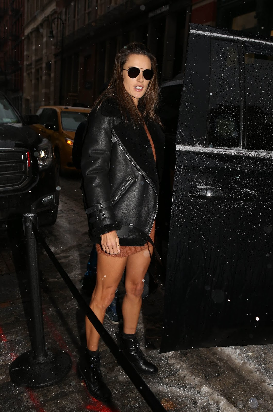 Alessandra Ambrosio - Night out in New York City - 02/12/2019