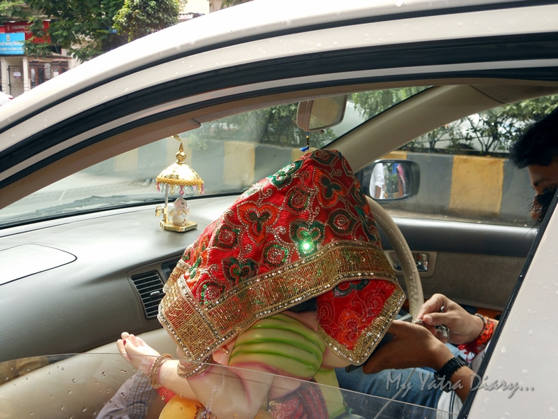 Ganesha takes a ride in car, Ganesh Chaturthi Festival, Mumbai