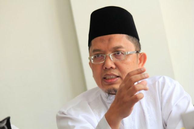 Alfian Tanjung: Penulis Buku 'Jokowi Undercover' Sidang Empat Kali tanpa Pengacara
