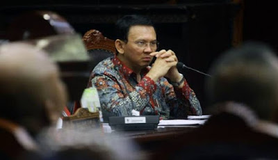 Sidang Ke-13, Pertanyaan Majelis Hakim Ungkap Kedekatan Saksi Peringan dengan Ahok