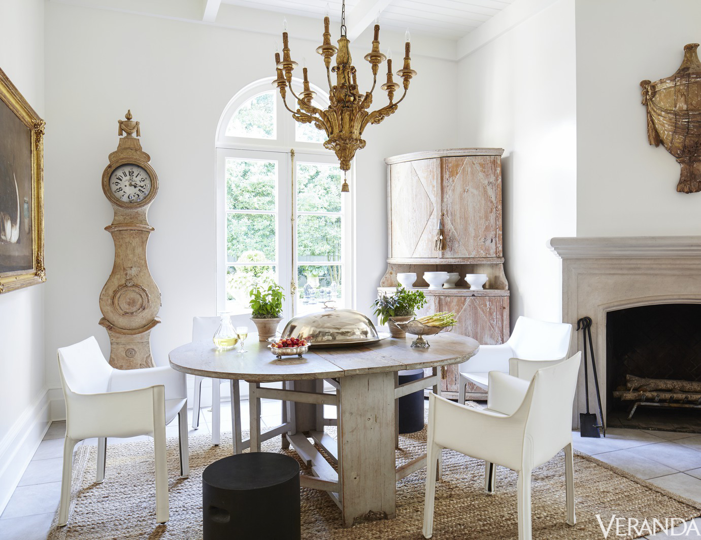 Color Outside the Lines: Tara Shaw Redecorates