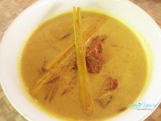 Rasai Ikan Patin Tempoyak Asli Dari Pahang , Istana Bambu Restoran