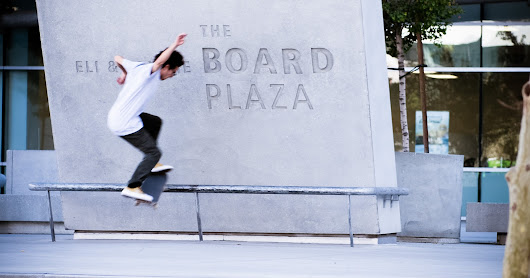 Boarding at the Broad Plaza