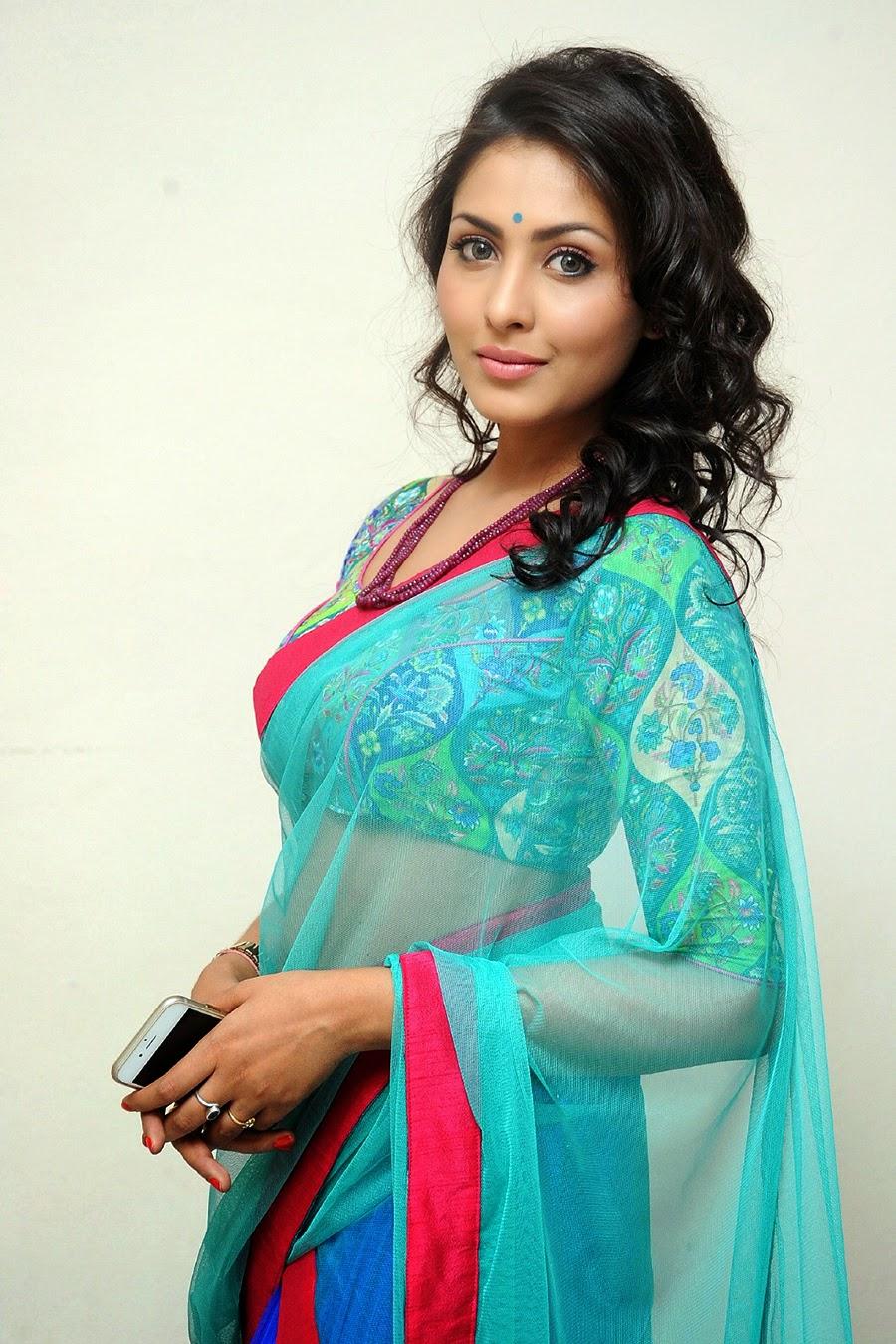 Madhu Shalini Nude Photos 41