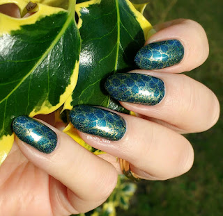 Pet'la Kaboom and For Your Nails Only Bullion