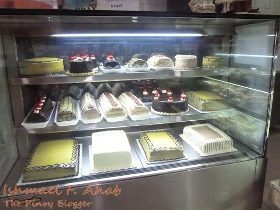 Bakerite cakes on display
