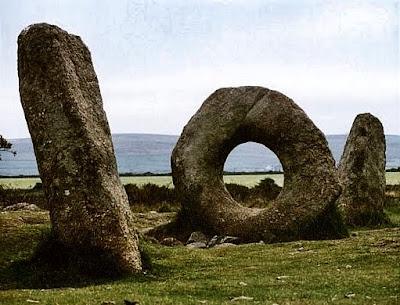 Men-an-Tol Cornwall